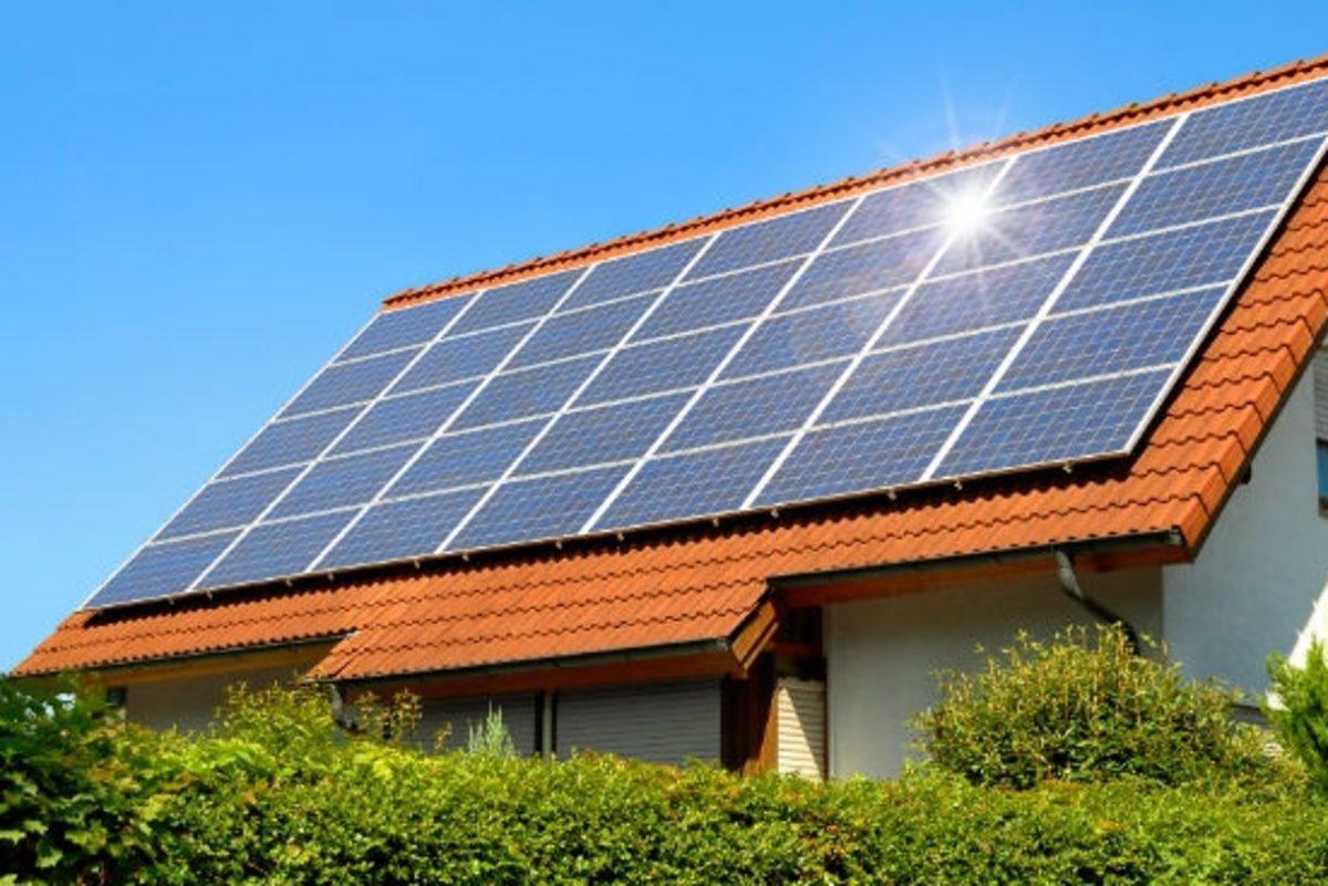 combien de panneau solaire pour une maison plaisir de maison. Black Bedroom Furniture Sets. Home Design Ideas